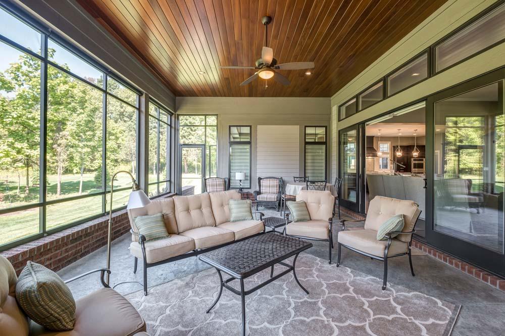 Amys Ridge 2075 patio